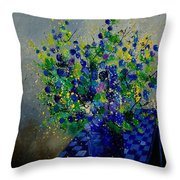 Bunch 9020 Throw Pillow