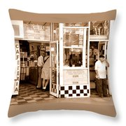 Cafecito Throw Pillow