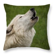 Call Of The Wild H Throw Pillow