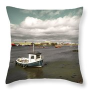 Callerou  Throw Pillow