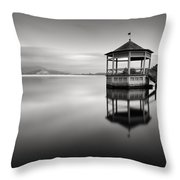Canto D'anime Throw Pillow