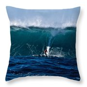 Catching A Big Wave, North Shore, Oahu Throw Pillow