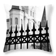 Catheral Basilica - Bw Throw Pillow