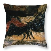 Cave Drawing/lascaux Throw Pillow