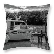 Charleston Star In Monochrome Throw Pillow