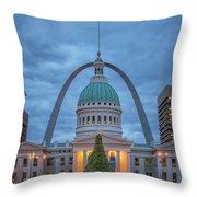 Christmas Jefferson National Expansion Memorial St Louis 7r2_dsc3574_12112017 Throw Pillow