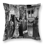 Cincinnati: Suffragettes Throw Pillow