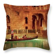 City - Vegas - Venetian - The Gondola's Of Venice Throw Pillow