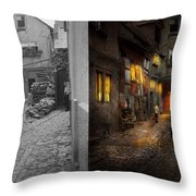 City - Germany - Alley - Coming Home Late 1904 - Side By Side Throw Pillow