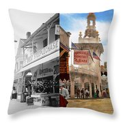 City - Ny - The Great Steeplechase 1903 - Side By Side Throw Pillow