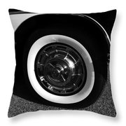 Classic Corvette Lines Throw Pillow