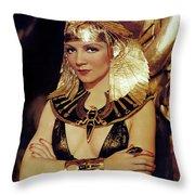 Claudette Colbert In Cleopatra 1934 Throw Pillow