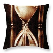 Clessidra Throw Pillow