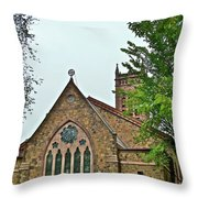 Come And Worship Throw Pillow