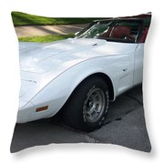 Corvette 1 Throw Pillow