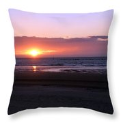 Coucher De Soleil Sur La Mer Du Nord Throw Pillow
