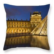 Courtyard Musee Du Louvre - Paris Throw Pillow