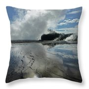D09130-dc Cloud And Steam Reflect Throw Pillow