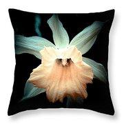 Daffodil #19 Throw Pillow