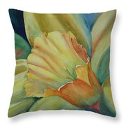 Dazzling Daffodil Throw Pillow