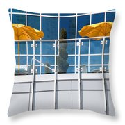 De Vormboom Throw Pillow