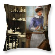 Dentist - An Incisive Decision - 1917 - Side By Side Throw Pillow