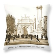 Dewey's Arch Monument, Madison Square, New York, 1900 Throw Pillow