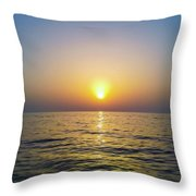 Die With Me Sea Throw Pillow