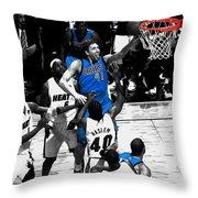 Dirk Nowitzki 3h Throw Pillow