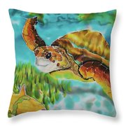 Diving Conch Throw Pillow