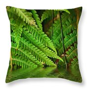 Djungle Throw Pillow