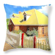 Do-00142 House And Fence Throw Pillow