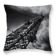 Dragline 553bw Throw Pillow
