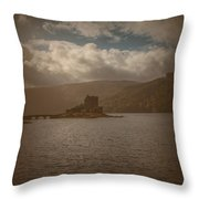 Dreamy Castle #g8 Throw Pillow