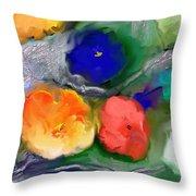 Duo De Fleurs 2 Throw Pillow