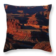 Early Morning Light Hits Dead Horse Point State Park Throw Pillow