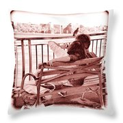 East River Lovers Throw Pillow