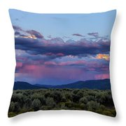 Eastern Sky At Sunset - Taos New Mexico Throw Pillow