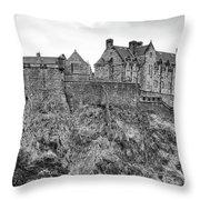 Edinburgh Castle Bw Throw Pillow
