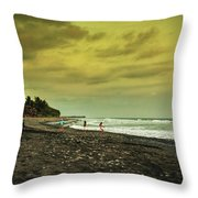 El Beach - El Salvador Throw Pillow