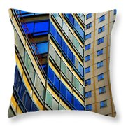 El Tren Amarillo Df Throw Pillow