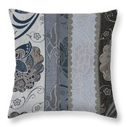 Elegante I Throw Pillow