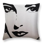 Elizabeth Taylor Diams Throw Pillow