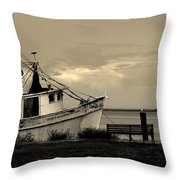 Evening In The Harbor Throw Pillow