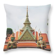 Exquisite Details On The Building Of Wat Arun In Bangkok, Thailand Throw Pillow