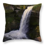 Fall At Minnehaha Falls Throw Pillow