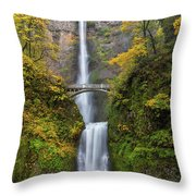 Fall Colors At Multnomah Falls Throw Pillow