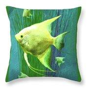 Familia Verde Throw Pillow