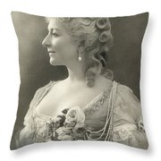 Fashion: Woman Throw Pillow