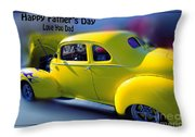 Father's Day W Frame Throw Pillow